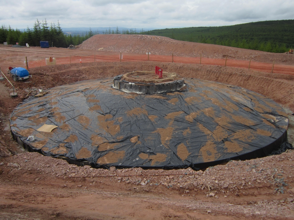 Turbine_base_poured_and_covered (1)